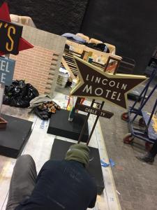 Miniature vintage motel sign models- Lincoln unweathered