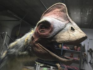 anzu dinosaur final dramatic light