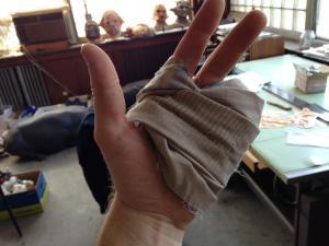 hand wrap prop